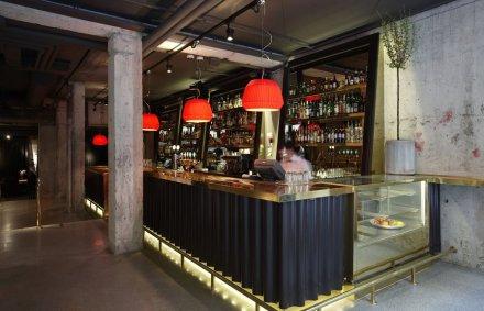 Story Hotel bar