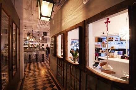 Tjoget _ Bar:Frisör:Restaurang:Specialistbutik i Stockholm_Whatsupsthlm_learning to love white_2