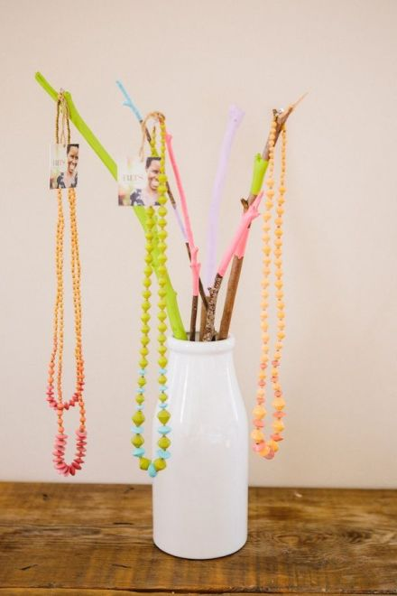 colored branch jewelry holder_DIY Jewelry Holder_learning to love white_DIY Time